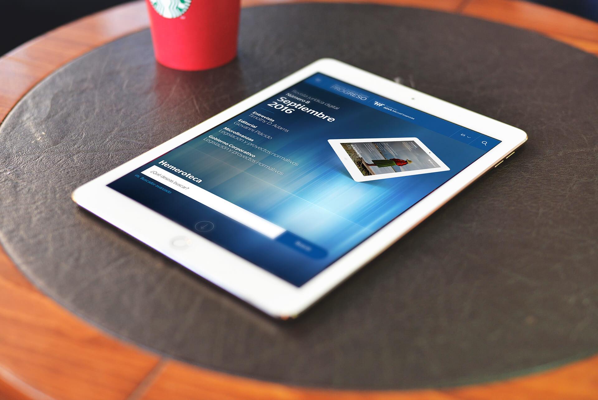 Ilustrativo sobre iPad. BBVA Microfinanzas (BBVAMF). Revista Progreso. Actualidad microfinanzas y gobierno corporativo